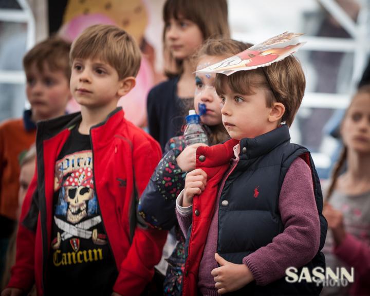 sasnn-photo-children-birthday-surrey-270414-slr-135