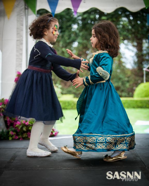 sasnn-photo-children-birthday-surrey-270414-slr-183