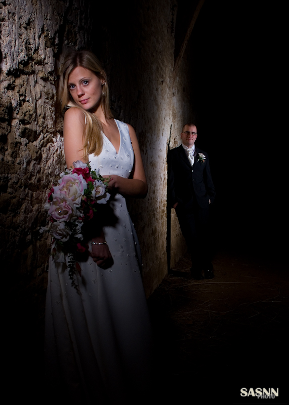 sasnn-photo portfolio wedding bride and groom lacock