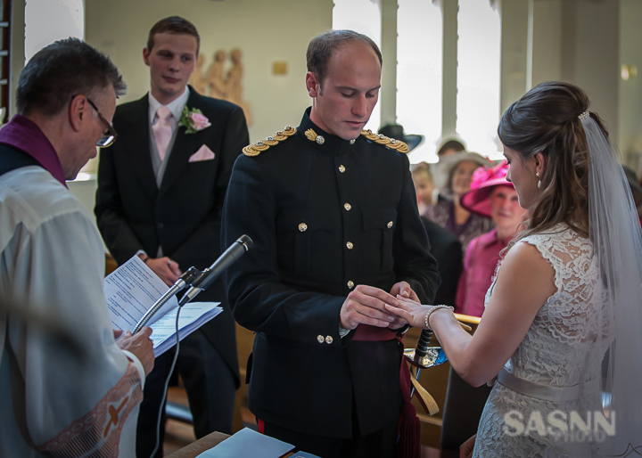 Military wedding photography in Wiltshire 5