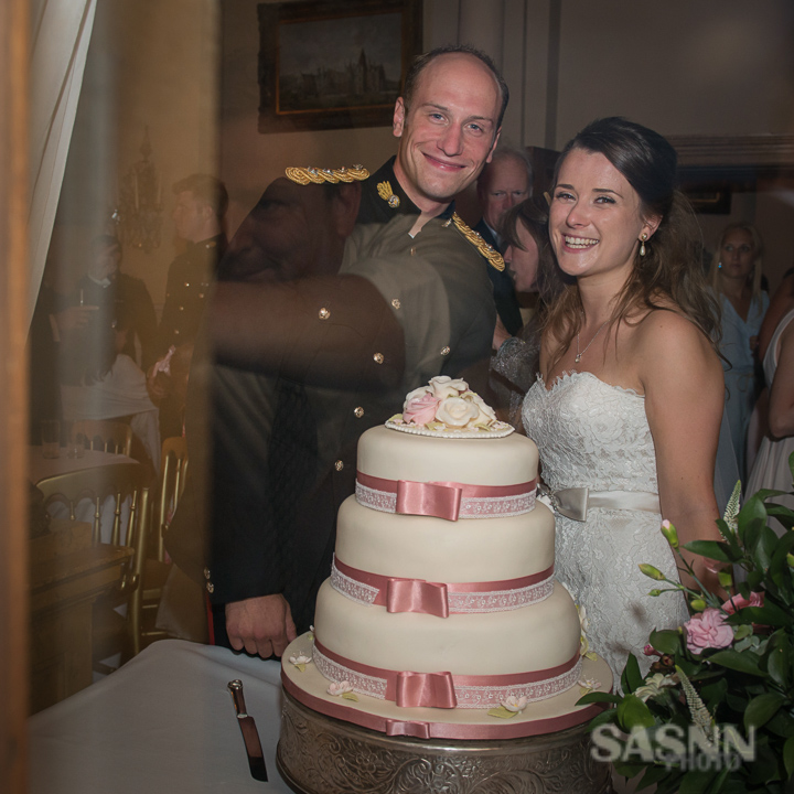 Military wedding photography in Wiltshire 10