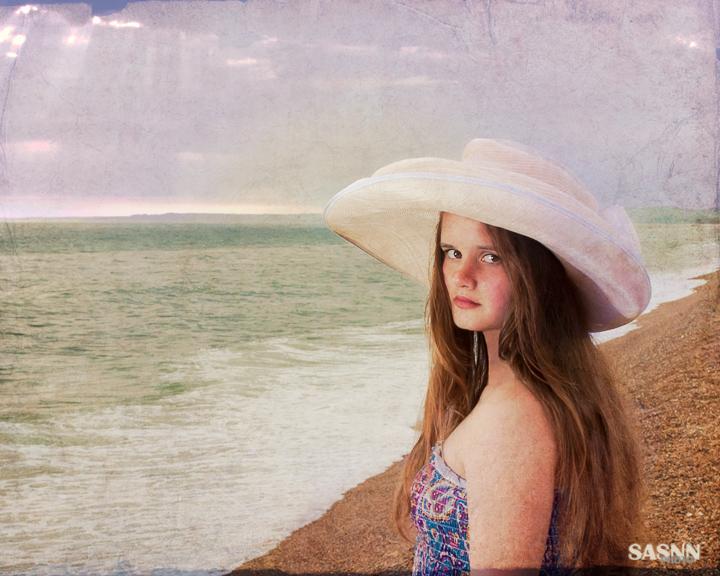 sasnn-photo girl on the seaside